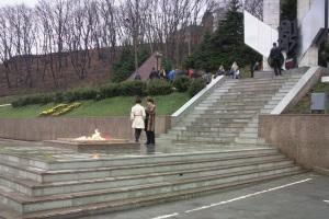 Оформление мемориала 'Вечный огонь' г. Владивосток